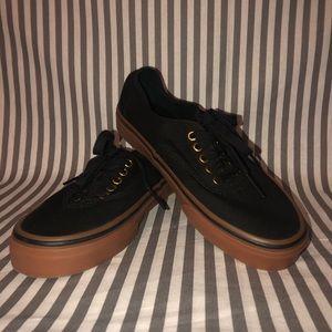 NWOT Black Vans
